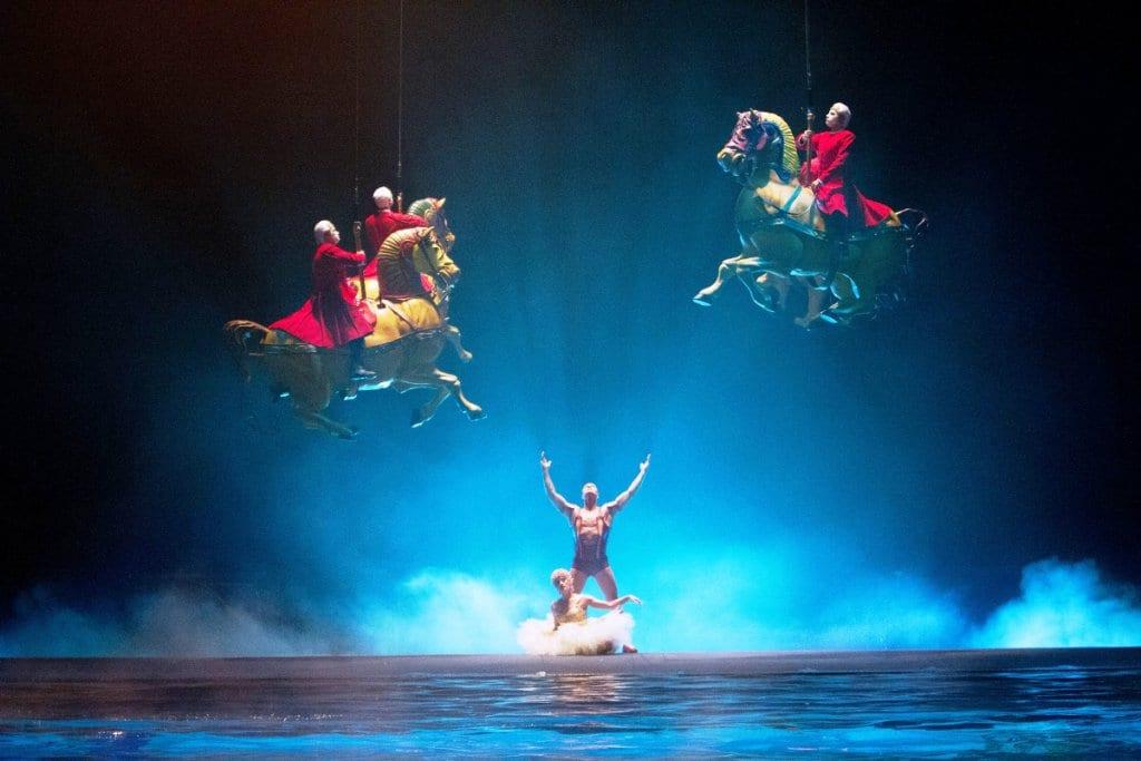 """Ingressos e horários do show """"O"""" do Cirque du Soleil em Las Vegas"""