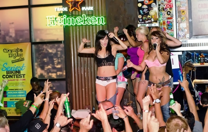 Bar Coyote Ugly em Las Vegas