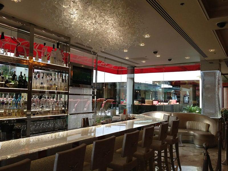 Dicas de Las Vegas: Bar Gold Diggers Estrutura