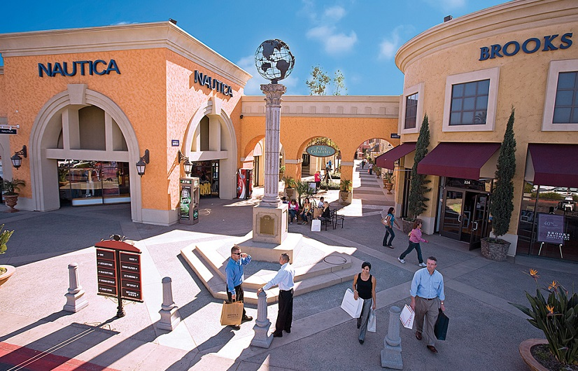 Las Americas Premium Outlets