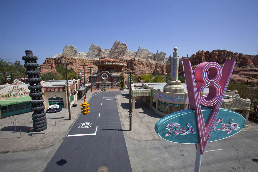 cars-land-california-adventure-california