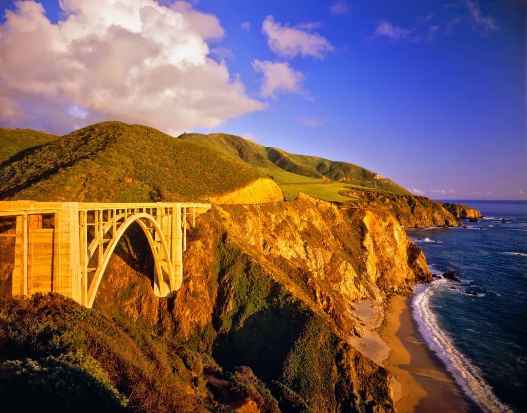 Estrutura do Garrapata State Park em Carmel Monterey na Califórnia