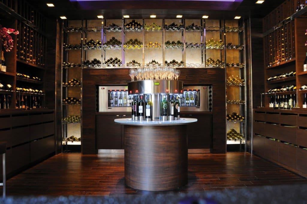 Coleção do bar de vinho Hostile Grape em Las Vegas