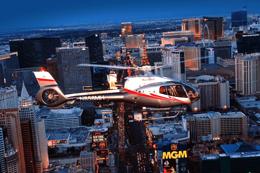 Passeio de helicóptero na Strip em Las Vegas