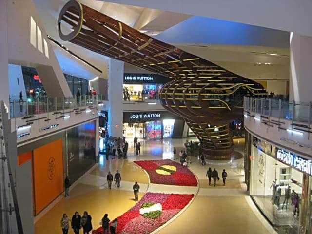 Shopping Crystals At CityCenter Las Vegas