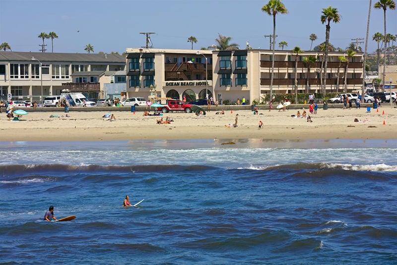 Praia Ocean Beach em San Diego