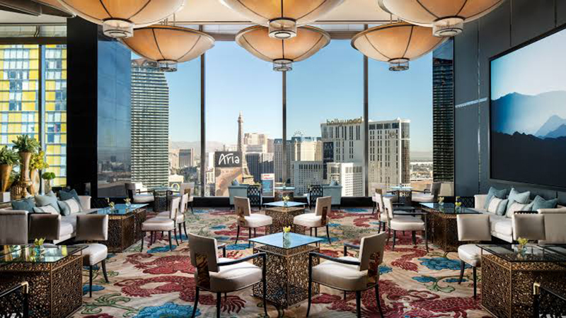 Ambiente interno do hotel Paris em Las Vegas
