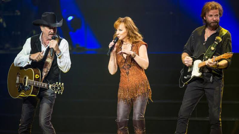Trio Reba, Brooks & Dunn em Las Vegas